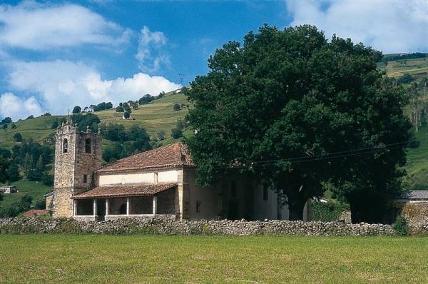 Iglesia de Nuestra Señora del Carmen Bárcena de Villacarriedo