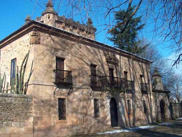 La Casa de la Colina en Selaya - Palacio de Donadío
